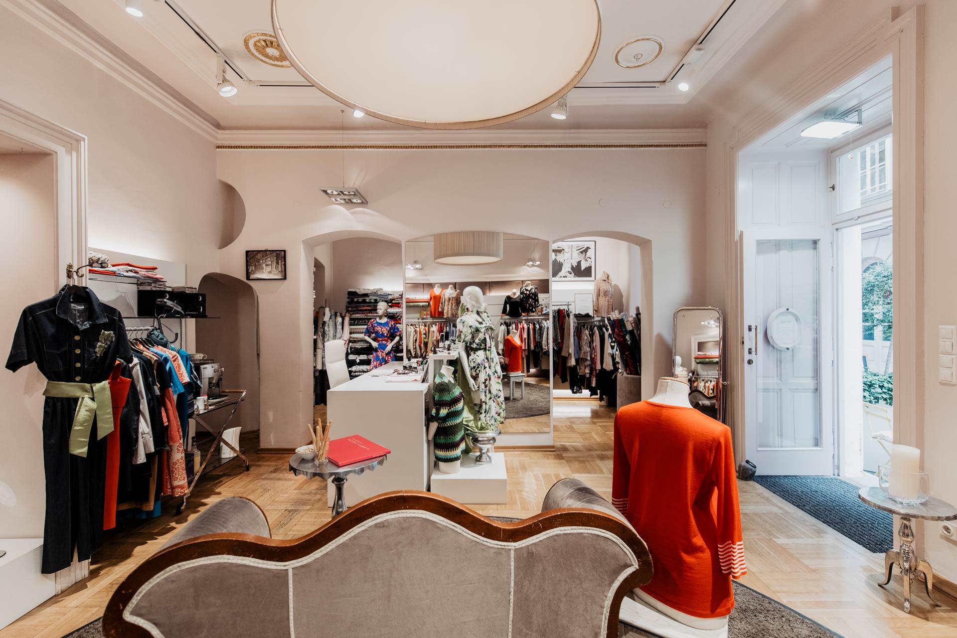 Innenansicht Modesalon Claudia Tramontana Couture