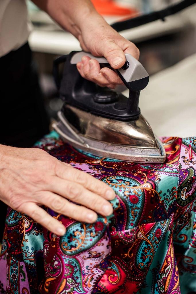 Haute Couture Stoffe bügeln